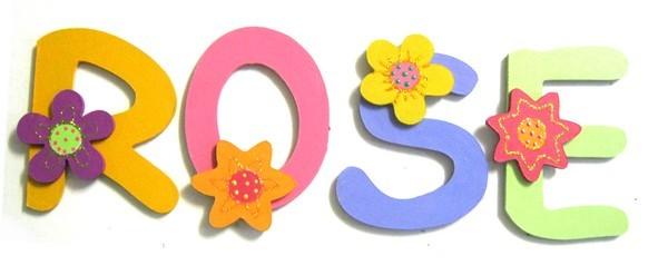 Lettre pr nom chambre fille d co fleurs lettre bois for Prenom en bois pour chambre
