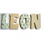 Lettres décoratives en bois