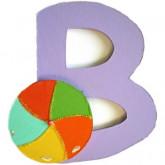 Lettre en bois B comme ballon