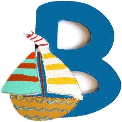 lettre alphabet en bois b d cor avec un bateau lettre bois. Black Bedroom Furniture Sets. Home Design Ideas