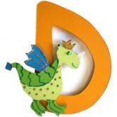 Lettre en bois D comme dragon