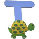 Lettre en bois T comme tortue